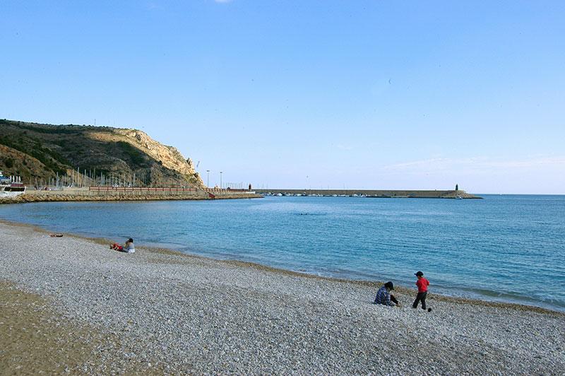 Tranquilidad en Playa la Grava Javea